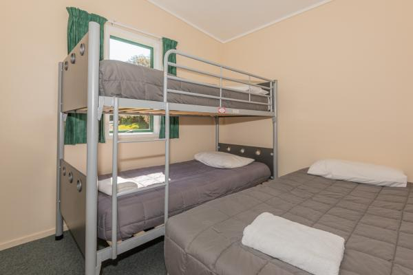 Rotorua's Blue Lake TOP 10 - Self Contained Units Bedroom